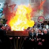 «Ζωντανό» το έθιμο των φανών στην Κοζάνη εδώ και πάνω από τριακόσια χρόνια!