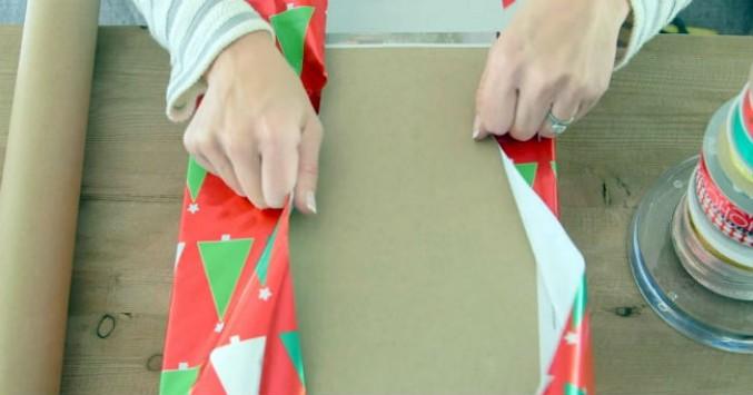 wrappingpaperA_677_355