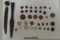 Συνελήφθη 62χρονος στην Κοζάνη με πολλά αρχαία αντικείμενα και νομίσματα – Δείτε φωτογραφίες
