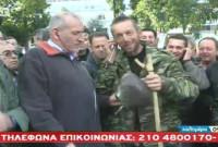 «Κόλαφος» Κοζανίτης κτηνοτρόφος στην πλατεία Συντάγματος! Δείτε το βίντεο από την εκπομπή του Γιώργου Αυτιά