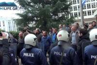 Βίντεο: Έντονες αποδοκιμασίες στους Βουλευτές του ΣΥΡΙΖΑ Κοζάνης από αγρότες της περιοχής!
