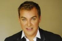 «Εφυγε» ο make up artist και ηθοποιός Γιάννης Αγγελάκης – Ο αγαπημένος της ελληνικής show biz