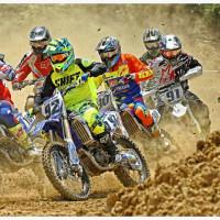 Η φωτογραφία της ημέρας: Η εκκίνηση του 6ου αγώνα Πρωταθλήματος Motocross στα Πετρανά Κοζάνης