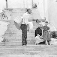 Η φωτογραφία της ημέρας: Αύγουστος του 1982 στα σοκάκια της Κοζάνης…