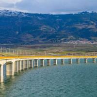 Βρέθηκε νεκρός στη λίμνη 64χρονος από τον Κρόκο – Έπεσε από τη γέφυρα των Σερβίων