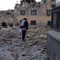 Σεισμός 6,2 Ρίχτερ στην Ιταλία – Ισοπεδώθηκαν χωριά, νεκροί & εγκλωβισμένοι