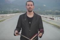 «Έμορφον εγάπ'»: Αυτό είναι το νέο τραγούδι του Παναγιώτη Χωλόπουλου! Ακούστε το