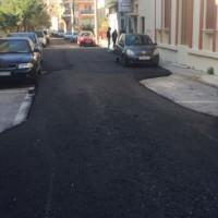 Απίστευτο αλλά ελληνικό: Δείτε πως στρώθηκε η άσφαλτος σε δρόμο στο Ρέθυμνο!