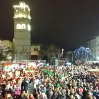 Γιορτινές ευχές και οι καλύτερες προτάσεις των Χριστουγέννων από τα καταστήματα της Κοζάνης!