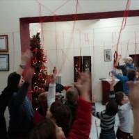 Με μεγάλη επιτυχία πραγματοποιήθηκαν οι «Καλικαντζαροσκανδαλιές» στη Δημοτική Βιβλιοθήκη Πτολεμαΐδας