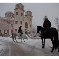 Με χιόνι οι καβαλάρηδες του Κρόκου ξεκίνησαν για τον Άγιο Νικάνορα – Δείτε φωτογραφίες