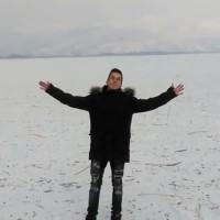 Ο Youtuber John Li στην παγωμένη λίμνη Καστοριάς! Δείτε το βίντεο