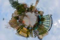 Η φωτογραφία της ημέρας: Ο μικρός πλανήτης της πλατείας Κοζάνης το 2012