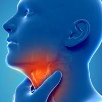 Φαρυγγίτιδα: Αίτια, αντιμετώπιση και πρόληψη – Ποιοι κινδυνεύουν