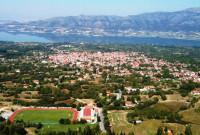 Πρόσκληση για το έθιμο της λουκανικοφαγίας στο Βελβεντό