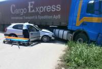 Τροχαίο ατύχημα με νταλίκα και Ι.Χ. αυτοκίνητο στην Πτολεμαΐδα – Δείτε φωτογραφίες