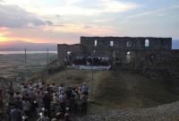Βίντεο: Εσπερινός και Συναυλία Βυζαντινής Μουσικής στη Βασιλική των Κατηχουμένων των Σερβίων