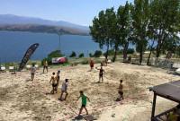 Αντίστροφη μέτρηση για το Πανελλήνιο τουρνουά beach handball στη λίμνη Βεγορίτιδα στις εγκαταστάσεις του beach bar Ammos των αδερφών Ναουμίδη