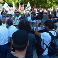 Ανακοίνωση του ΚΚΕ και του ΠΑΜΕ για την «απαράδεκτη» επίθεση των ΜΑΤ σε διαδηλωτές στην Κοζάνη
