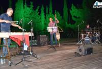 Μάγεψε το κοινό της Κοζάνης ο Χρήστος Ραφαηλίδης με τους καταξιωμένους μουσικούς του – Απολαύστε τον στο βίντεο του KOZANILIFE.GR