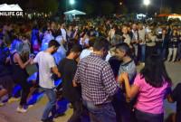 Με μια ποντιακή βραδιά με τον Παναγιώτη Χωλόπουλο ολοκληρώθηκαν οι εκδηλώσεις από τον Σύλλογο «Πλατάνια» στην Κοζάνη – Δείτε βίντεο και φωτογραφίες
