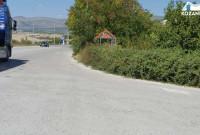 Πρόβλημα με τα χόρτα και τα δέντρα στην Ε.Ο. Κοζάνης – Λάρισας στη διασταύρωση της Νεράιδας – Δείτε φωτογραφίες