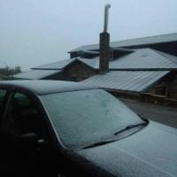 Το πρώτο φετινό φθινοπωρινό χιόνι στο Νυμφαίο Φλώρινας – Δείτε φωτογραφία