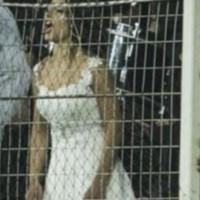 Λάρισα: Νύφη και γαμπρός μετά το γάμο τους πήγαν στο γήπεδο για τον αγώνα ΑΕΛ-ΠΑΟΚ!