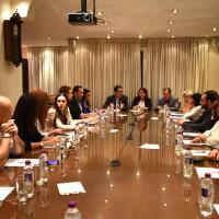 Συνάντηση και συζήτηση για την ομαλή λειτουργία του εξωδικαστικού μηχανισμού