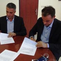 Κέντρο Πιστοποίησης Μανιταροσυλλεκτών στα Γρεβενά: Υπογράφτηκε μεταξύ Περιφερειάρχη και ΕΒΕ Γρεβενών η σχετική σύμβαση