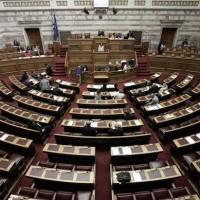 Πέρασε το νομοσχέδιο για την αλλαγή φύλου – «Ναι» από 148 βουλευτές στην αλλαγή στα 15