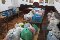 Μεγάλη αντοπόκριση του κόσμου στο κάλεσμα της Ιεράς Μητροπόλεως Σερβίων και Κοζάνης για ενίσχυση των πλημμυροπαθών της Μάνδρας Αττικής
