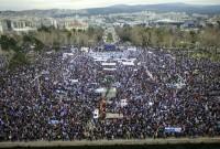 Συλλαλητήριο Θεσσαλονίκη: Πλημμύρισε η παραλία κόσμο – Πλήθος κόσμου στο άγαλμα του Μεγάλου Αλεξάνδρου