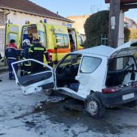 Θανατηφόρο τροχαίο ατύχημα στην Πτολεμαΐδα – Ένας νεκρός έπειτα από σύγκρουση 2 αυτοκινήτων – Δείτε φωτογραφίες