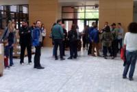 Ξεκίνησε η μεταφορά στο νέο κτήριο της Δημοτικής Βιβλιοθήκης Κοζάνης – Επίσκεψη κλιμακίου 50 πολιτικών μηχανικών