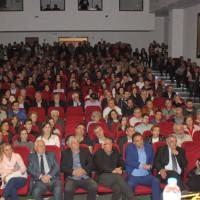Με το σύνθημα «Όλοι μαζί είμαστε πιο δυνατοί» η πρώτη μεγάλη εκδήλωση της «Γέφυρας στο μέλλον» στα Σέρβια – Δείτε το βίντεο