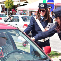 Δυτική Μακεδονία: Ενημερωτικά φυλλάδια από την Τροχαία στους οδηγούς ενόψει Πάσχα