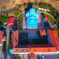 Πανέμορφες εικόνες από εκκλησίες και μοναστήρια της Καστοριάς – Δείτε το βίντεο