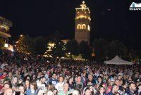 Κατάμεστη η πλατεία Κοζάνης στη μεγάλη συναυλία Κατσιμίχα – Καζούλη για την έναρξη των Λασσανείων – Δείτε βίντεο και φωτογραφίες