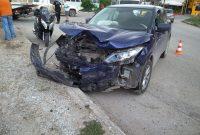 Τροχαίο ατύχημα με σύγκρουση 2 αυτοκινήτων στην πόλη της Πτολεμαΐδας – Δείτε φωτογραφίες