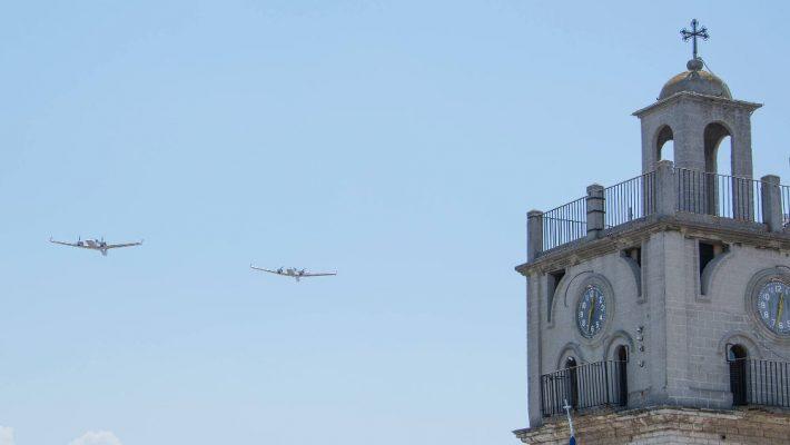 Φωτογραφίες: Αισθητή η παρουσία της σχολής πιλότων Egnatia Aviation στην Κοζάνη με τις χαμηλές πτήσεις των αεροπλάνων της