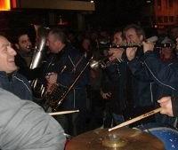 Φανός και τραγούδια στο κέντρο της Αθήνας και στα Ιωάννινα!