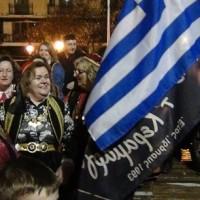 Ο Φανός Πηγαδ' απ'το Κεραμαριό χορεύει στην κεντρική πλατεία Κοζάνης! Δείτε το βίντεο…