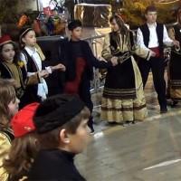 Τα χορευτικά τμήματα του Συλλόγου Αγίου Αθανασίου Κοζάνης – Δείτε το βίντεο