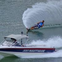 Εντυπωσιακές εικόνες από τους αγώνες Θαλάσσιου Σκι στη Λίμνη Πολυφύτου