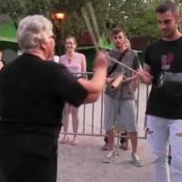 Η γιαγιά που ξεσήκωσε την μπάντα στο River Party στο Νεστόριο Καστοριάς! Βίντεο