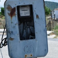 Κίνδυνος ηλεκτροπληξίας σε μετρητή ρεύματος στους Λαζαράδες