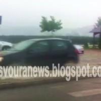 «Βούλιαξε» η Καστοριά απο την έντονη βροχόπτωση – Πλημμύρισαν σπίτια, δρόμοι και καταστήματα! Βίντεο