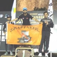Nικητής στον νυκτερινό μαραθώνιο Θεσσαλονίκης ο Μ. Παρμάκης