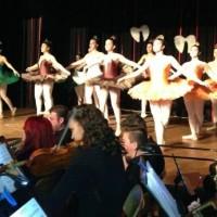 Εντυπωσιακή η πρεμιέρα της παράστασης «Ο Χορός των Χριστουγέννων»